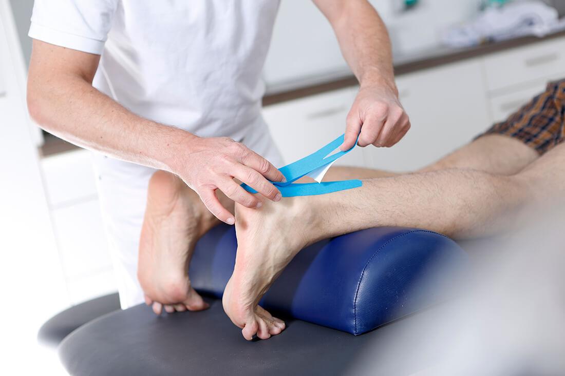 Orthopädie Velbert - Dr. Kindhäuser & Dr. Laserich - Sportmedizin - Tapen